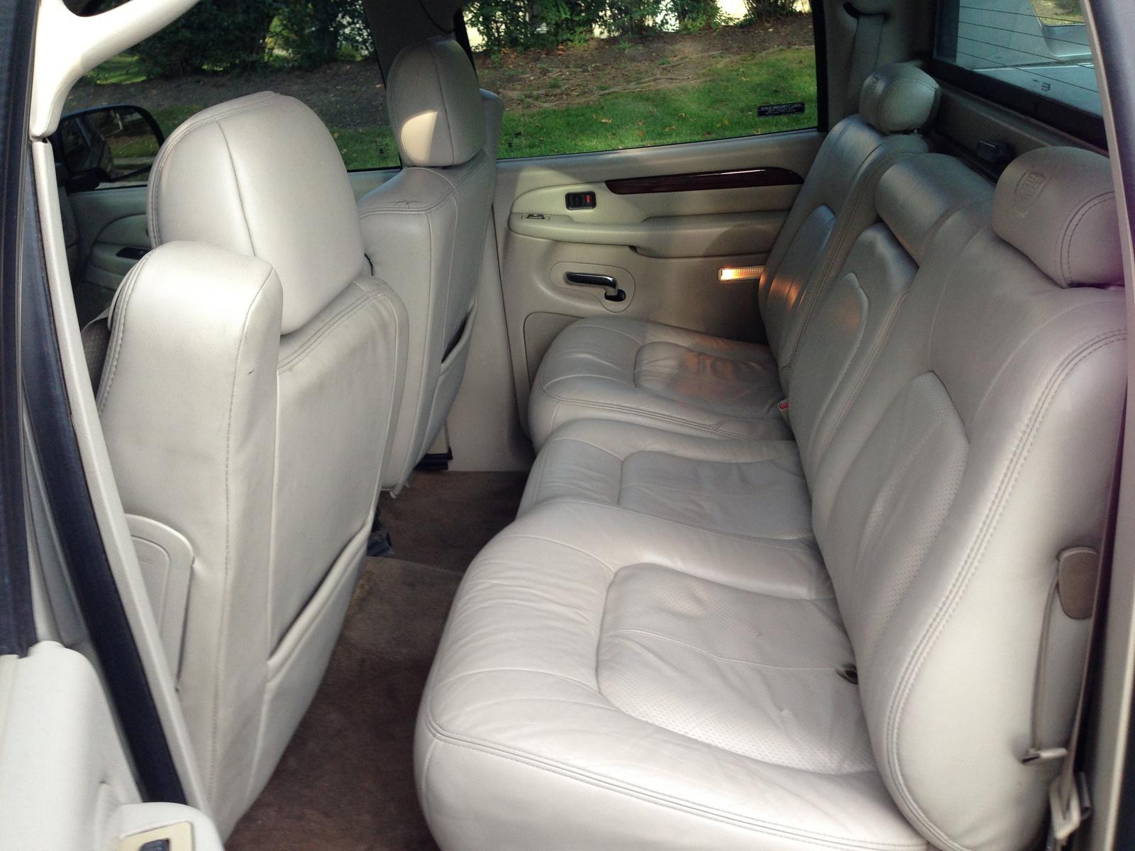 2002 Cadillac Escalade Ext Interior Pictures Cargurus