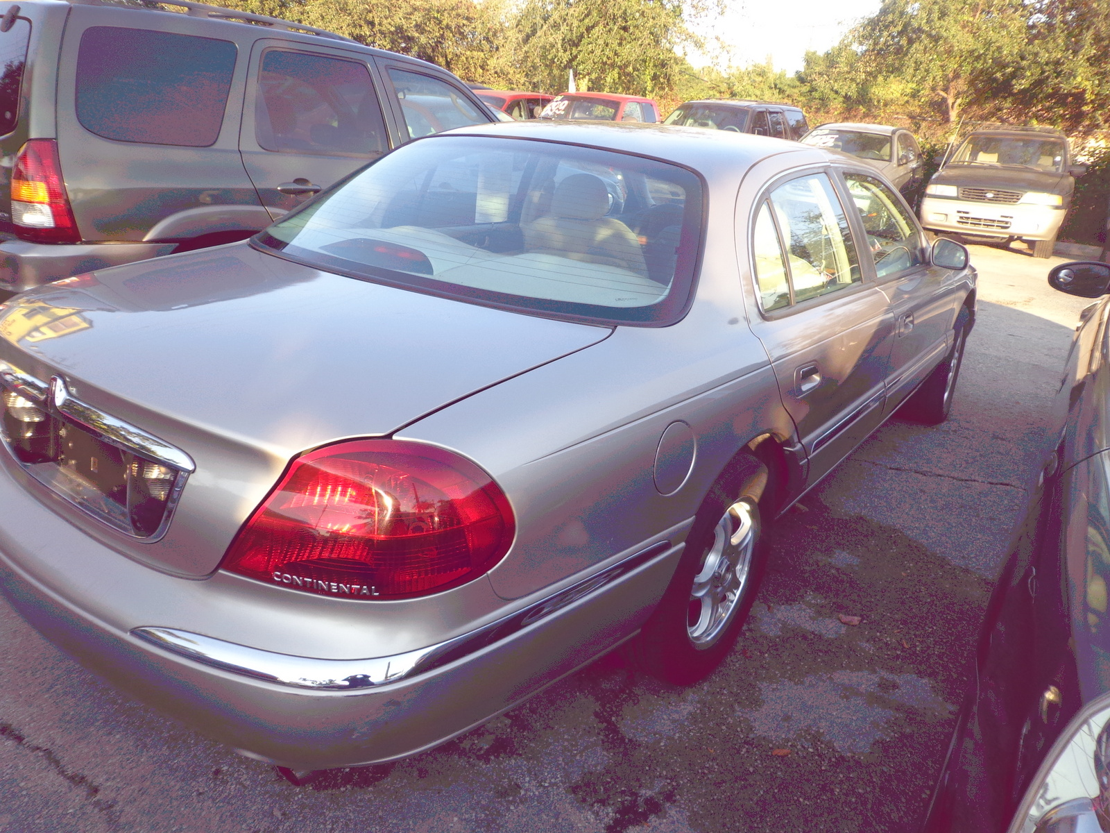 Picture of 1999 Lincoln Continental 4 Dr STD Sedan