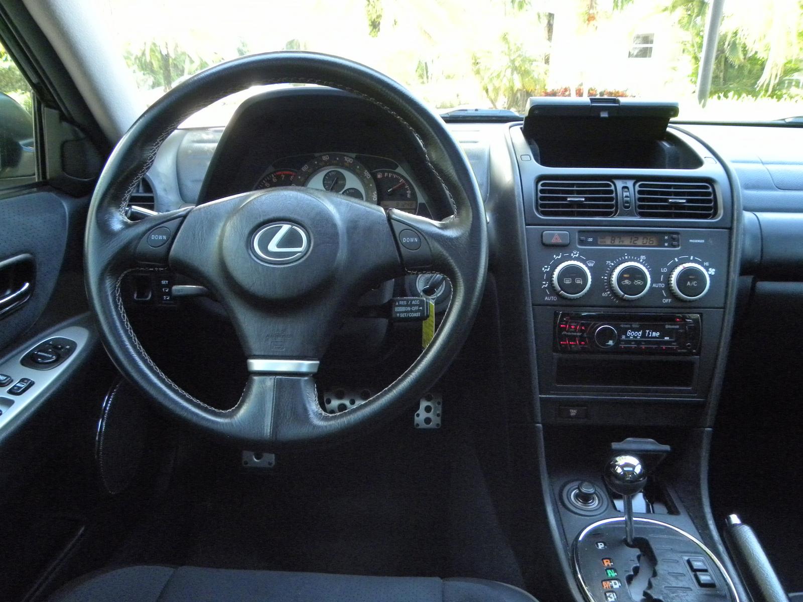 Lexus Is Sportcross Pic