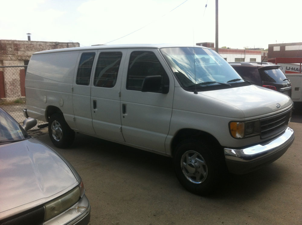 Picture of 1995 Ford E-350 XL Econoline Cargo Van Extended
