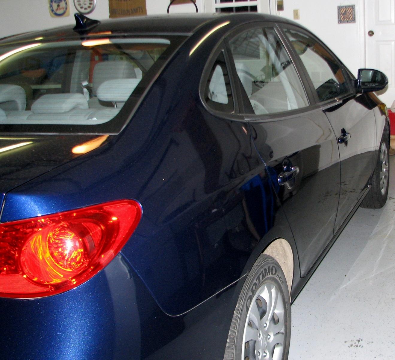 2012 Hyundai Equus Interior: 2010 Hyundai Elantra