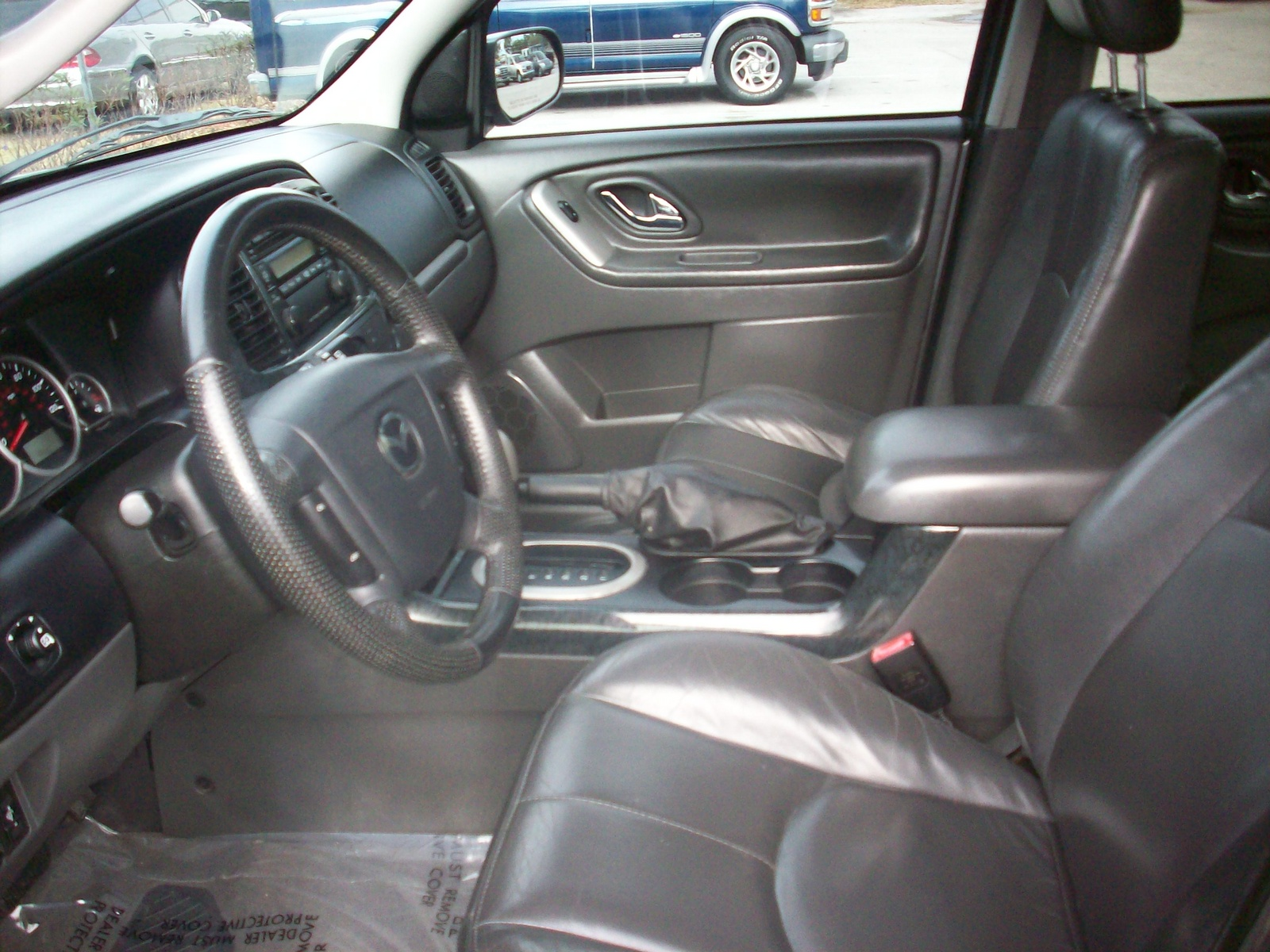 2005 mazda tribute interior pictures cargurus. Black Bedroom Furniture Sets. Home Design Ideas
