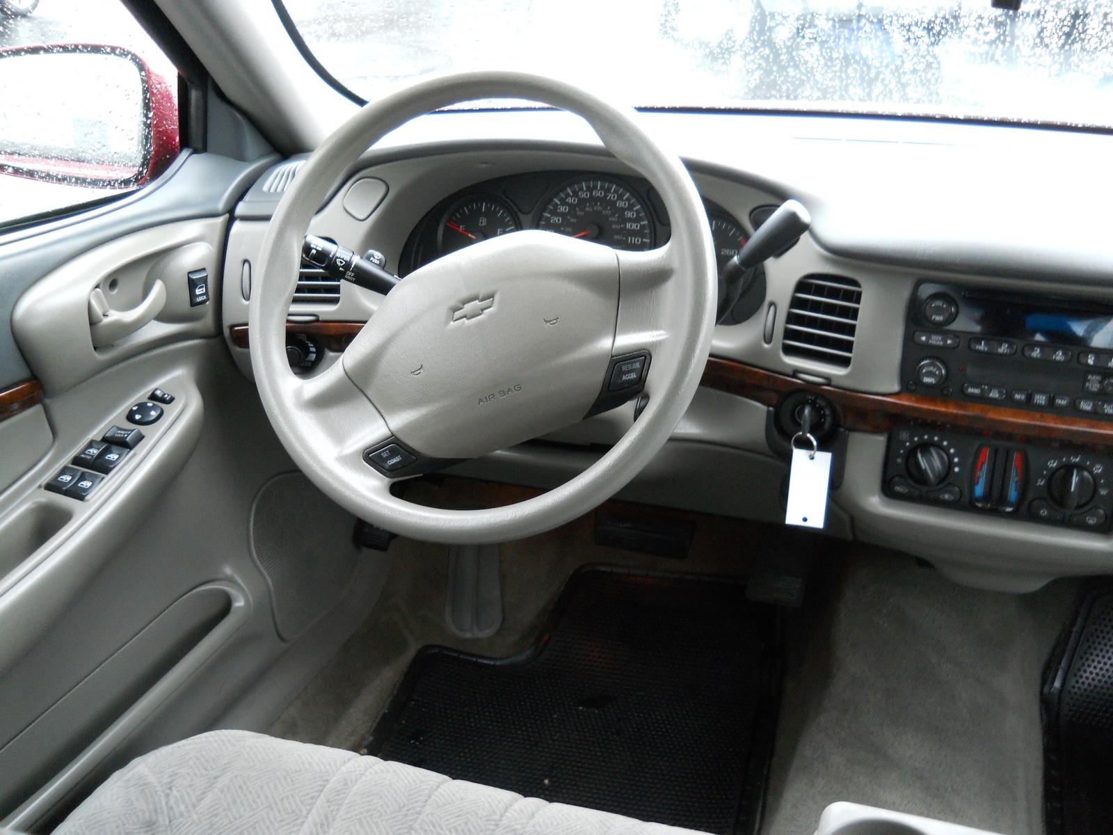 Chevrolet Impala Base Pic