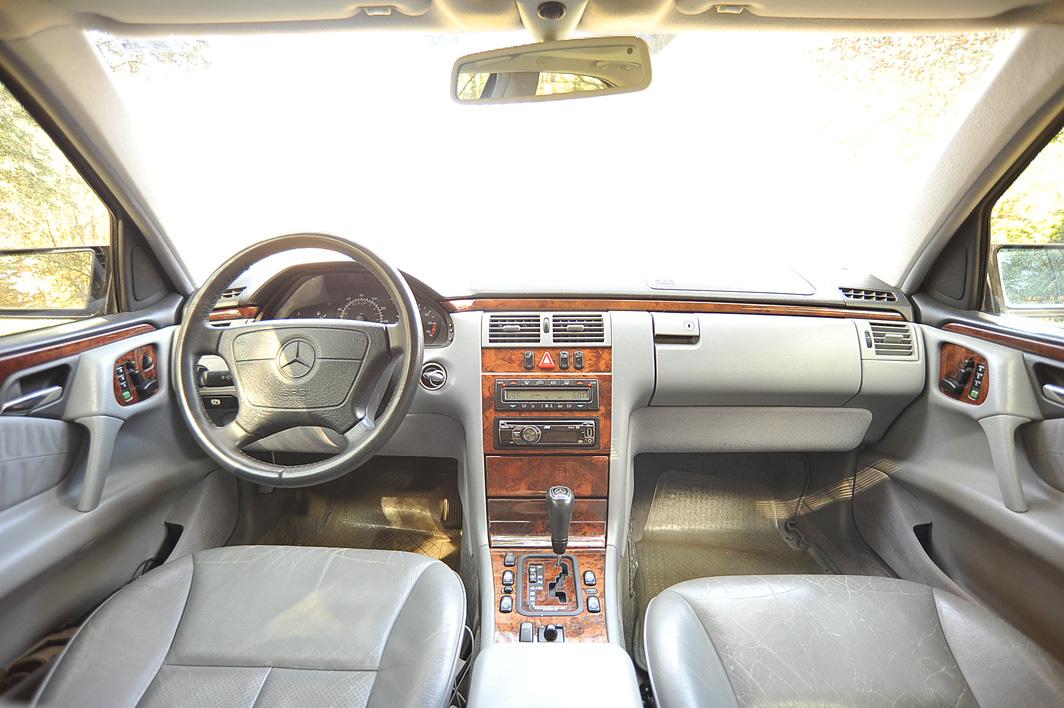 Mercedes Benz E Class E Pic