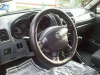 Picture of 2002 Nissan Frontier 4 Dr XE Crew Cab SB, interior