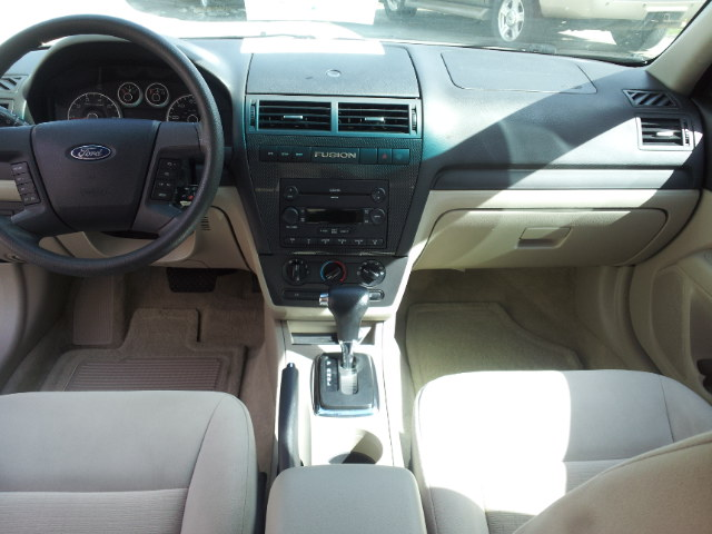 2007 ford fusion pictures cargurus for Ford fusion interior dimensions
