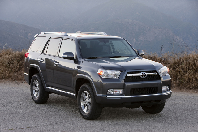 2013 Toyota 4Runner, Front-quarter view, exterior, manufacturer, gallery_worthy
