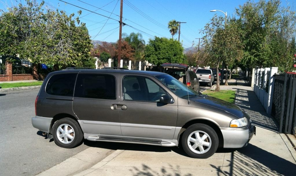 Picture of 2001 Nissan Quest SE