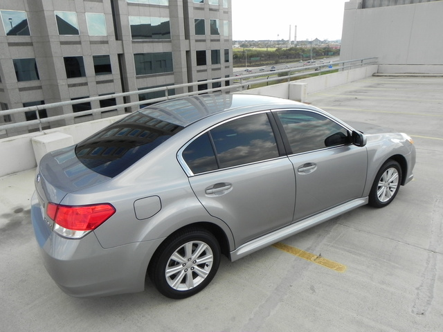 Picture of 2010 Subaru Legacy 2.5i Premium, exterior