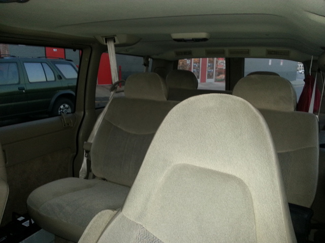 Picture of 2005 Chevrolet Astro LT Extended AWD, interior, gallery_worthy