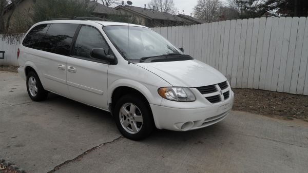 dodge grand caravan questions what is the yellow light in center at the bottom of the. Black Bedroom Furniture Sets. Home Design Ideas