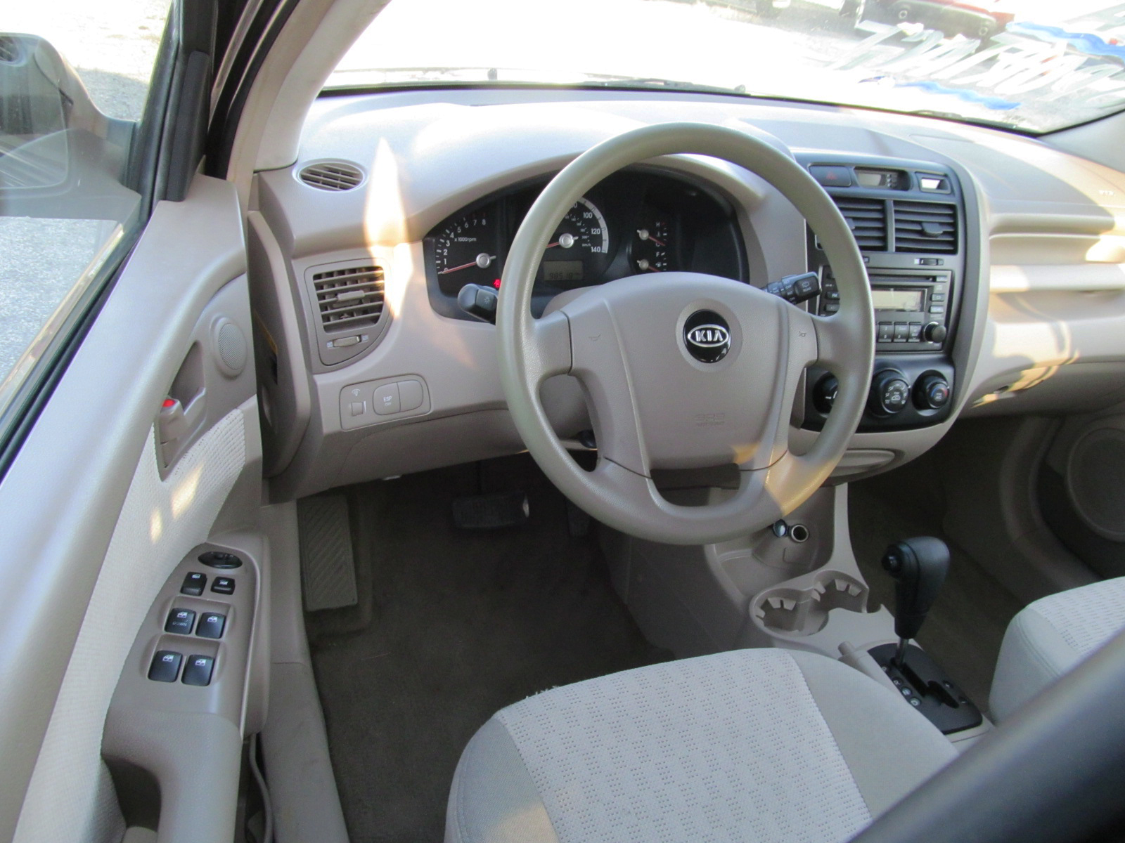 2005 kia sportage pictures cargurus. Black Bedroom Furniture Sets. Home Design Ideas