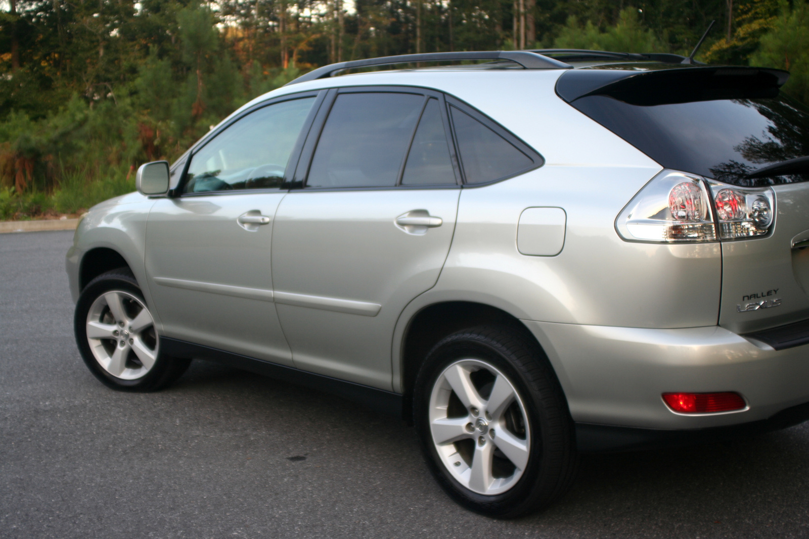 used lexus rx330 with 2007 Lexus Rx 350 Pictures C7320 on 2006 Lexus Ls 430 Pictures C5655 pi11968384 besides 2001 Lexus Is 200 Pictures C17723 pi11021730 moreover Lexus rx330 a1236764284b2529525 p together with T3 12 5 moreover 2007 Lexus IS 250 Overview C7318.