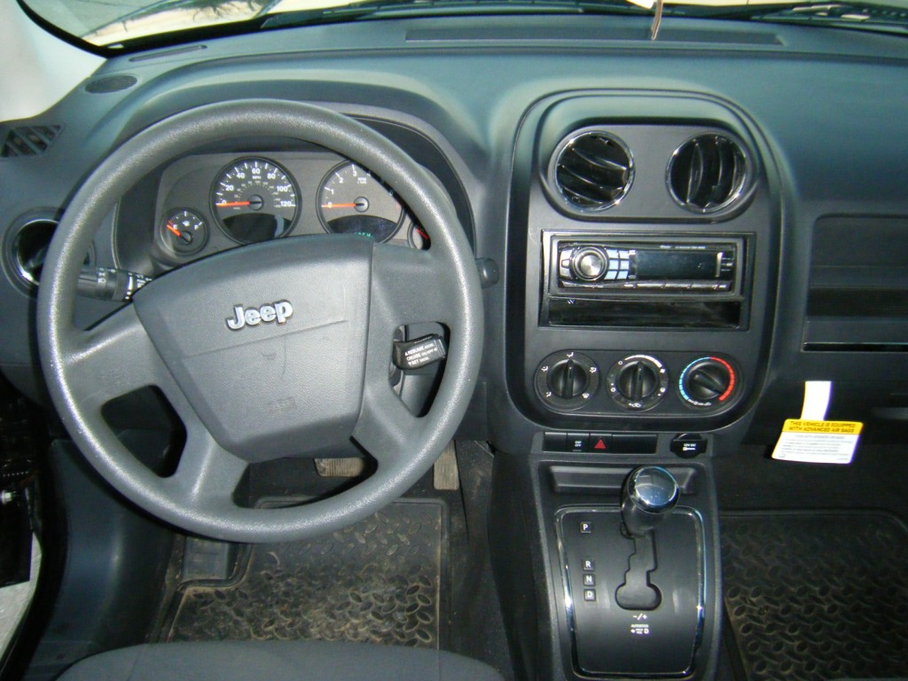 jeep patriot autos post. Black Bedroom Furniture Sets. Home Design Ideas