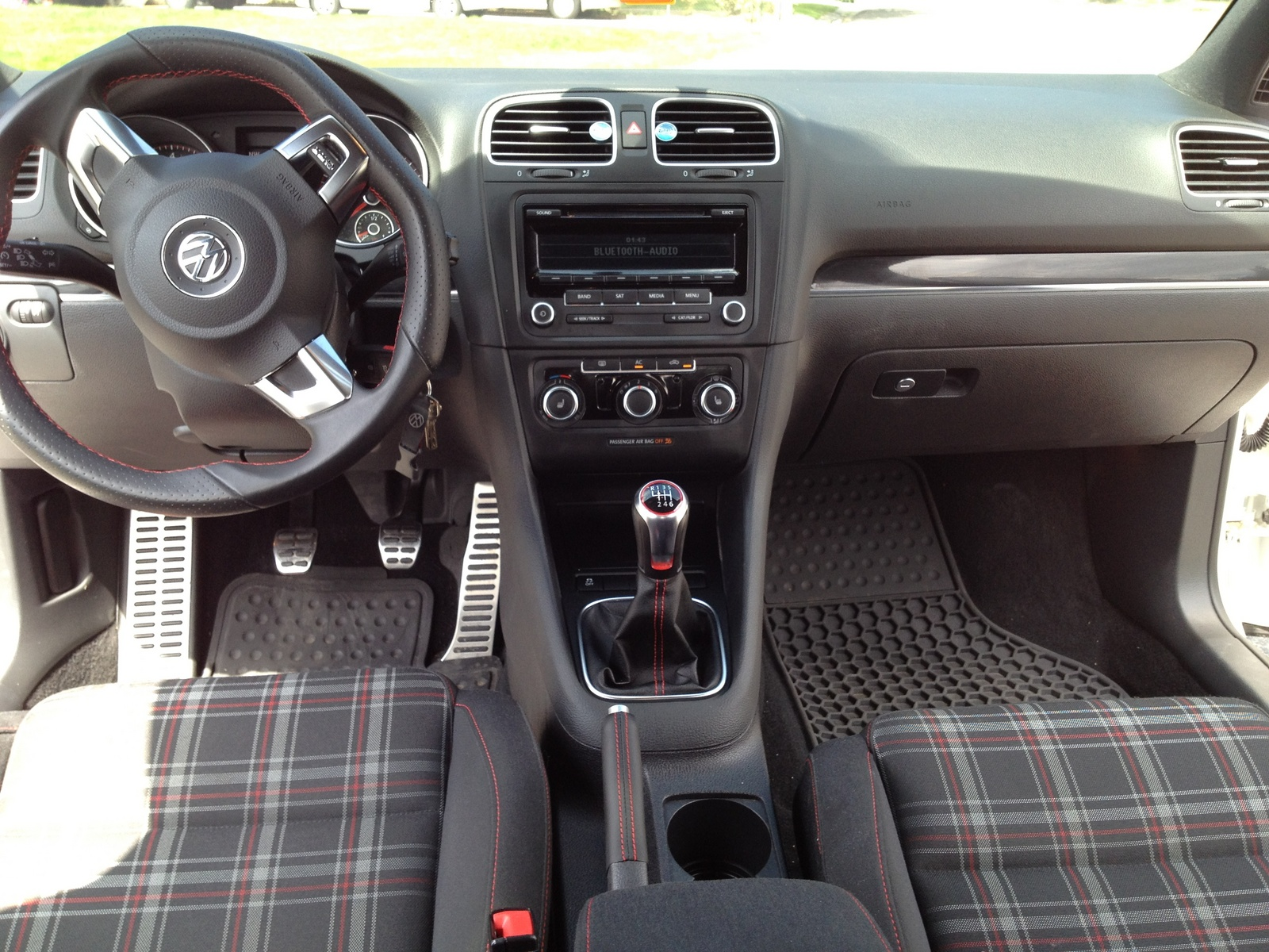 2012 Volkswagen Gti Interior Pictures Cargurus