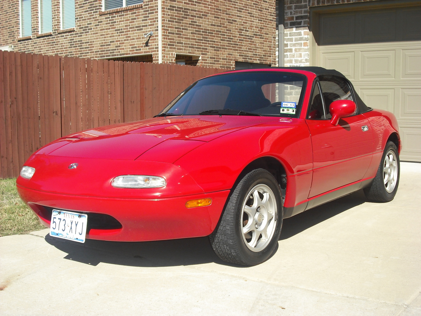 Picture of 1997 Mazda MX-5 Miata Base, exterior