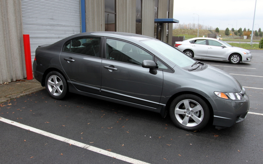 picture of 2010 honda civic lx s view garage pdx owns this honda civic. Black Bedroom Furniture Sets. Home Design Ideas