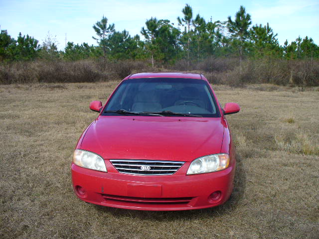 Picture of 2004 Kia Spectra Base