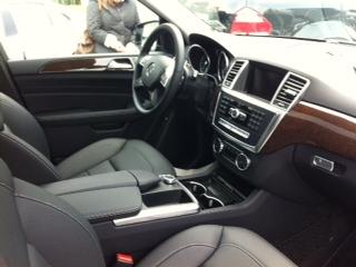 2013 Mercedes-Benz M-Class ML350 4MATIC, ML350 interior- pre wood steering wheel, interior