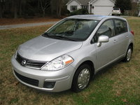 Picture of 2011 Nissan Versa 1.8 S Hatchback, exterior