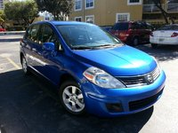 Picture of 2009 Nissan Versa S Hatchback, exterior