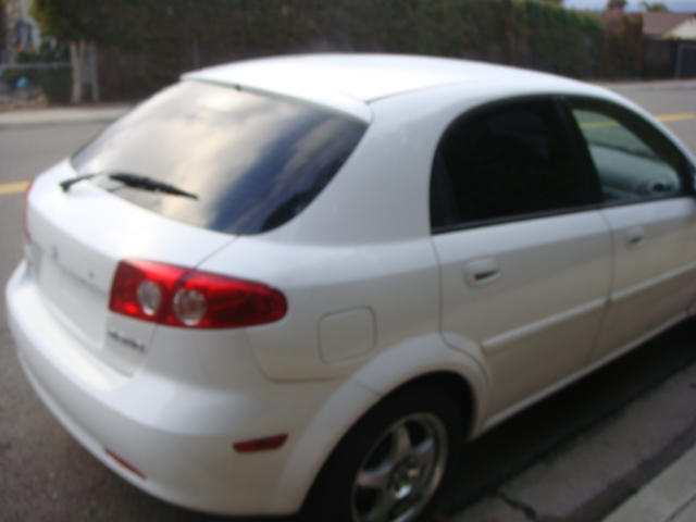 Picture of 2005 Suzuki Reno 4 Dr S Hatchback
