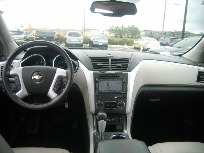 2009 Chevrolet Traverse Interior Pictures Cargurus