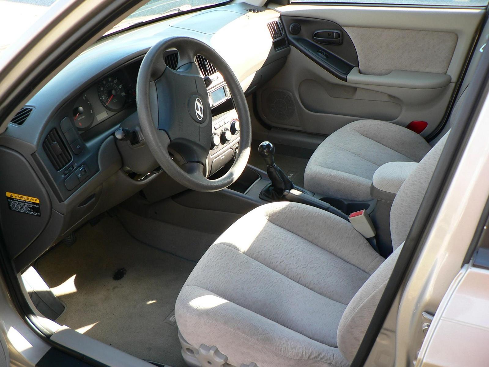 2006 Hyundai Elantra Interior Pictures Cargurus