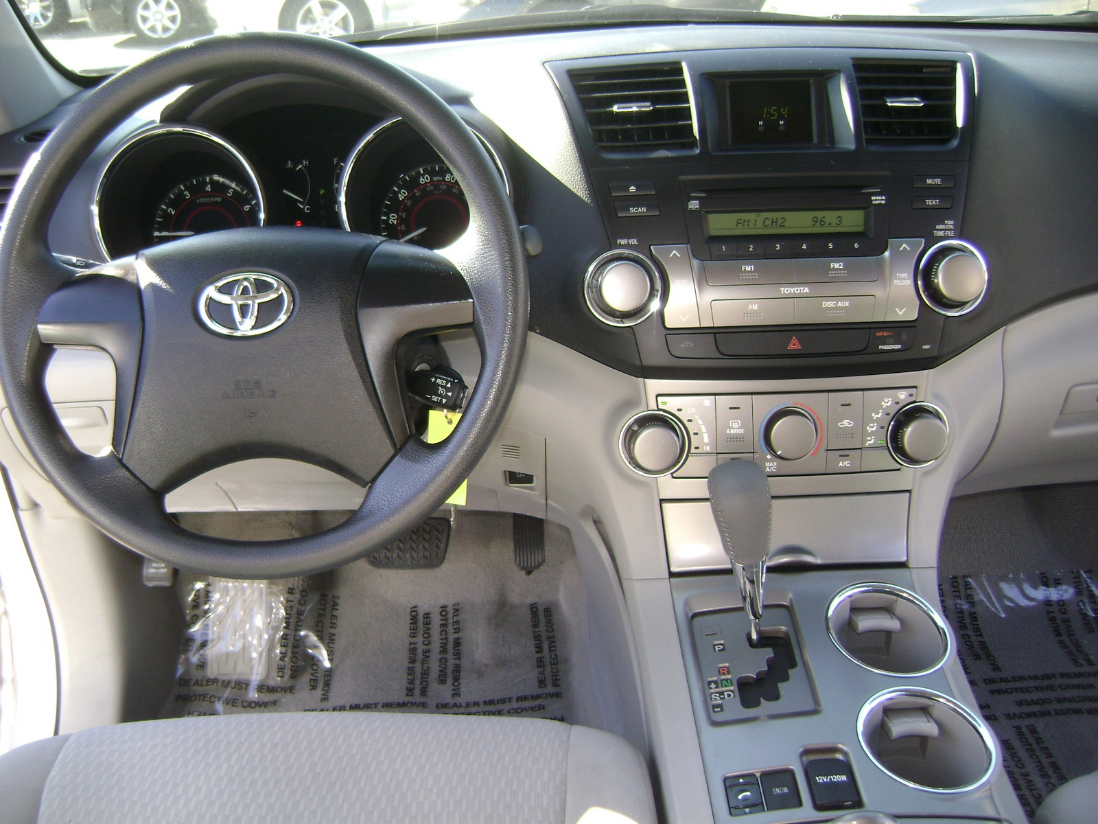 2010 Toyota Highlander Base V6 - Pictures - Picture of 2010 Toyota ...