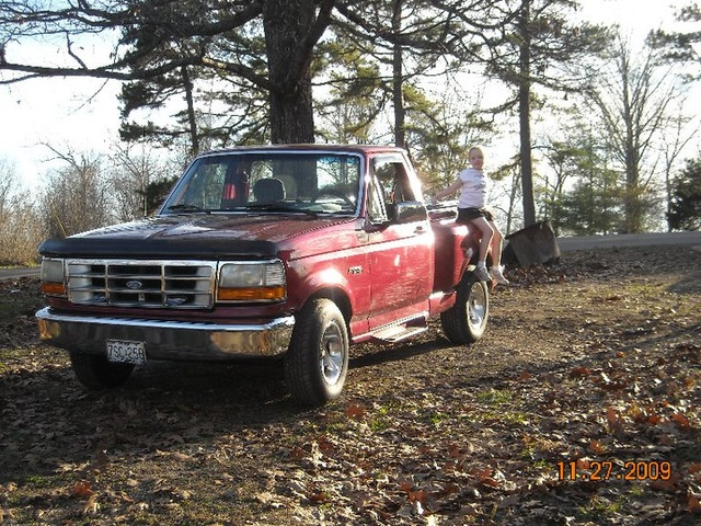 Picture of 1992 Ford E-150