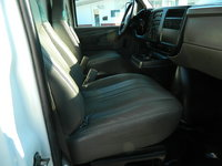 2005 GMC Savana 3500 Extended, Picture of 2005 GMC Savana G3500 Extended, interior