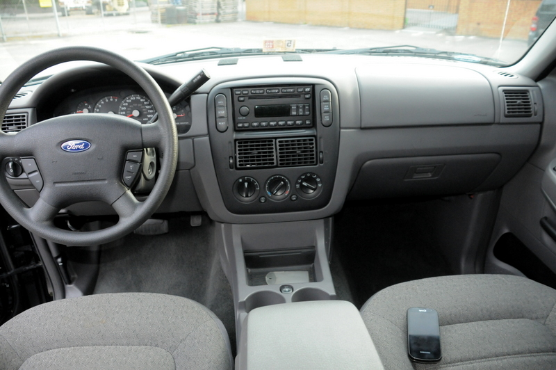 picture of 2005 ford explorer xls sport v6 4wd interior - 2005 Ford Explorer Interior