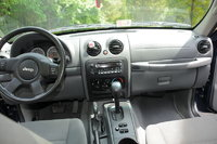 Jeep Liberty 2005 Interior