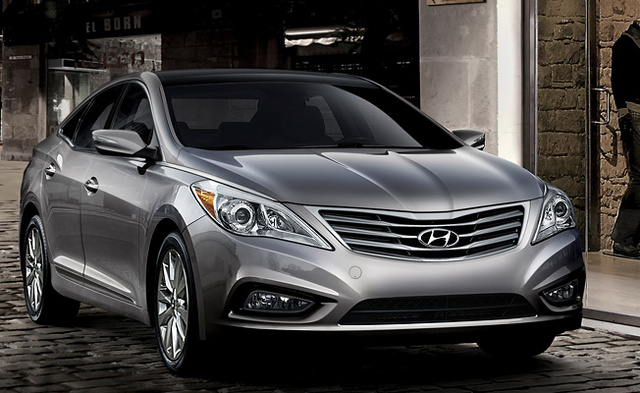 2013 Hyundai Azera, Front quarter view., exterior, manufacturer