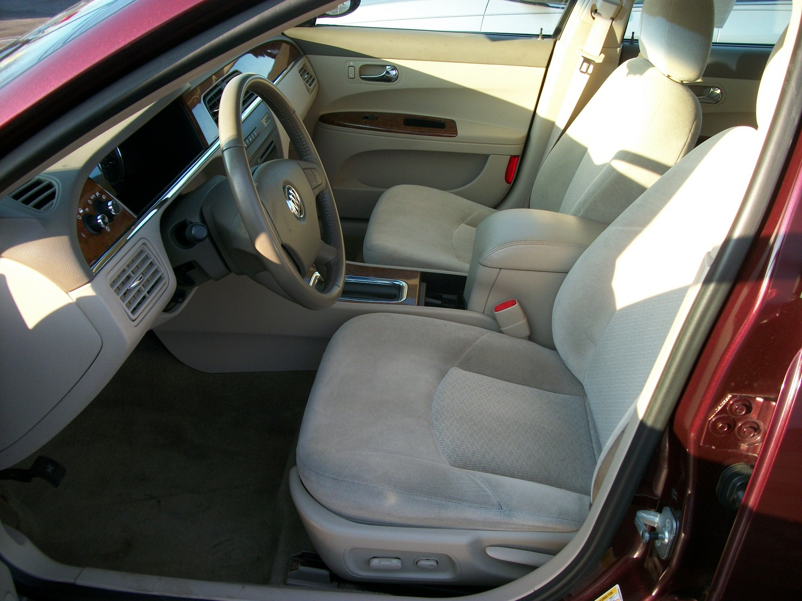 Buick Lacrosse Cx Pic on 2007 Buick Lacrosse Cx Interior