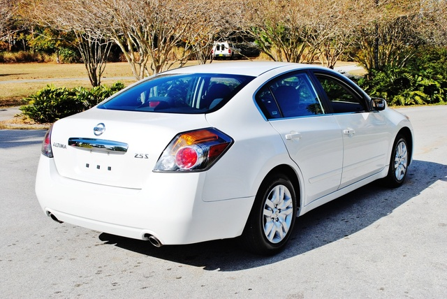Picture of 2010 Nissan Altima 2.5 S, exterior, gallery_worthy