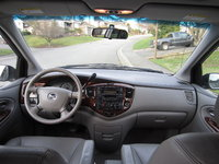 Picture of 2002 Mazda MPV ES, interior