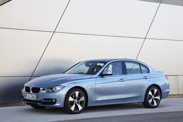 2013 BMW ActiveHybrid 3, Side view, exterior, manufacturer, gallery_worthy