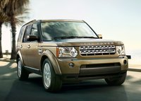 2013 Land Rover LR4 Overview