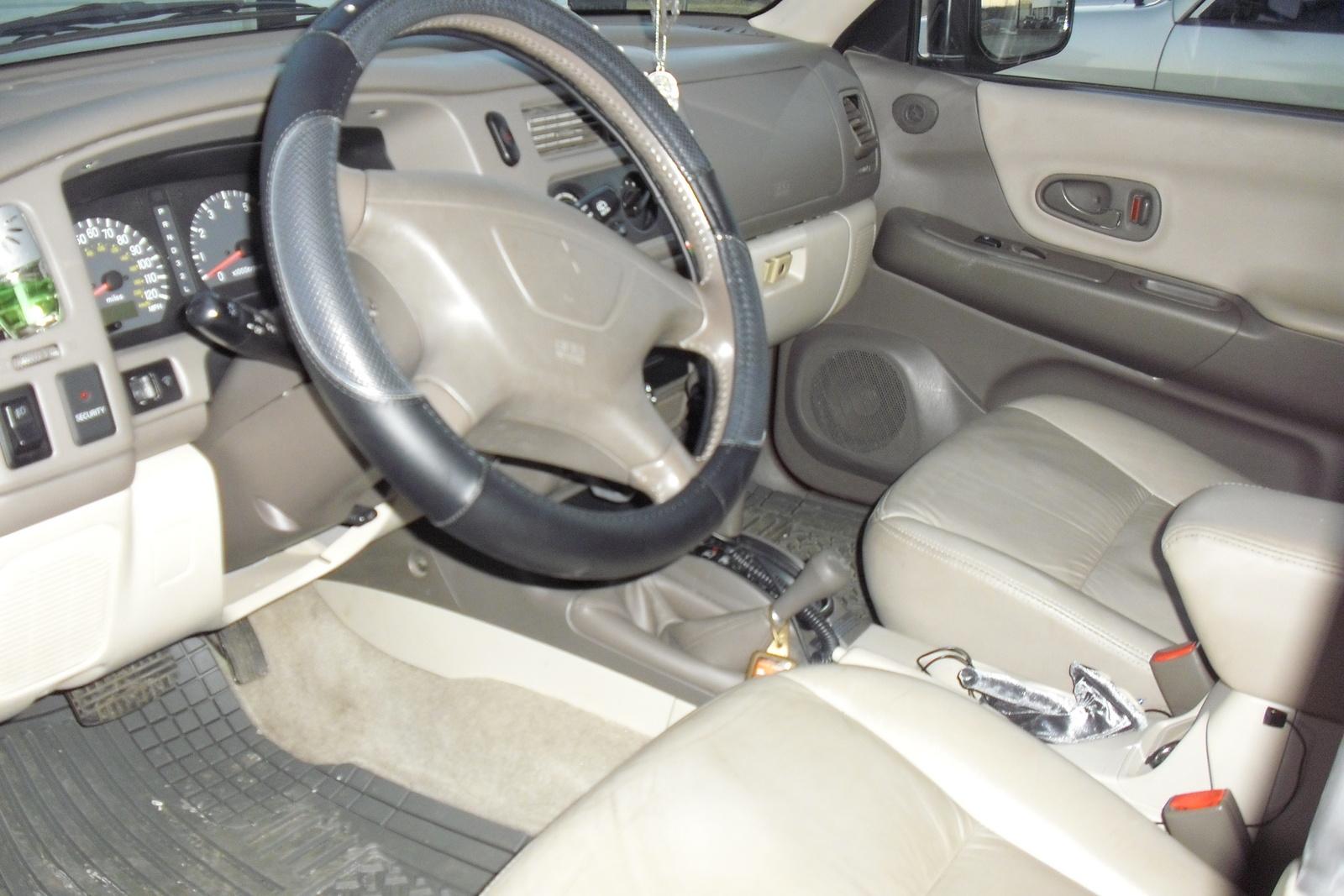 Mitsubishi Montero Sport Xls Wd Pic on 2002 Mitsubishi Montero Sport Ls Specs