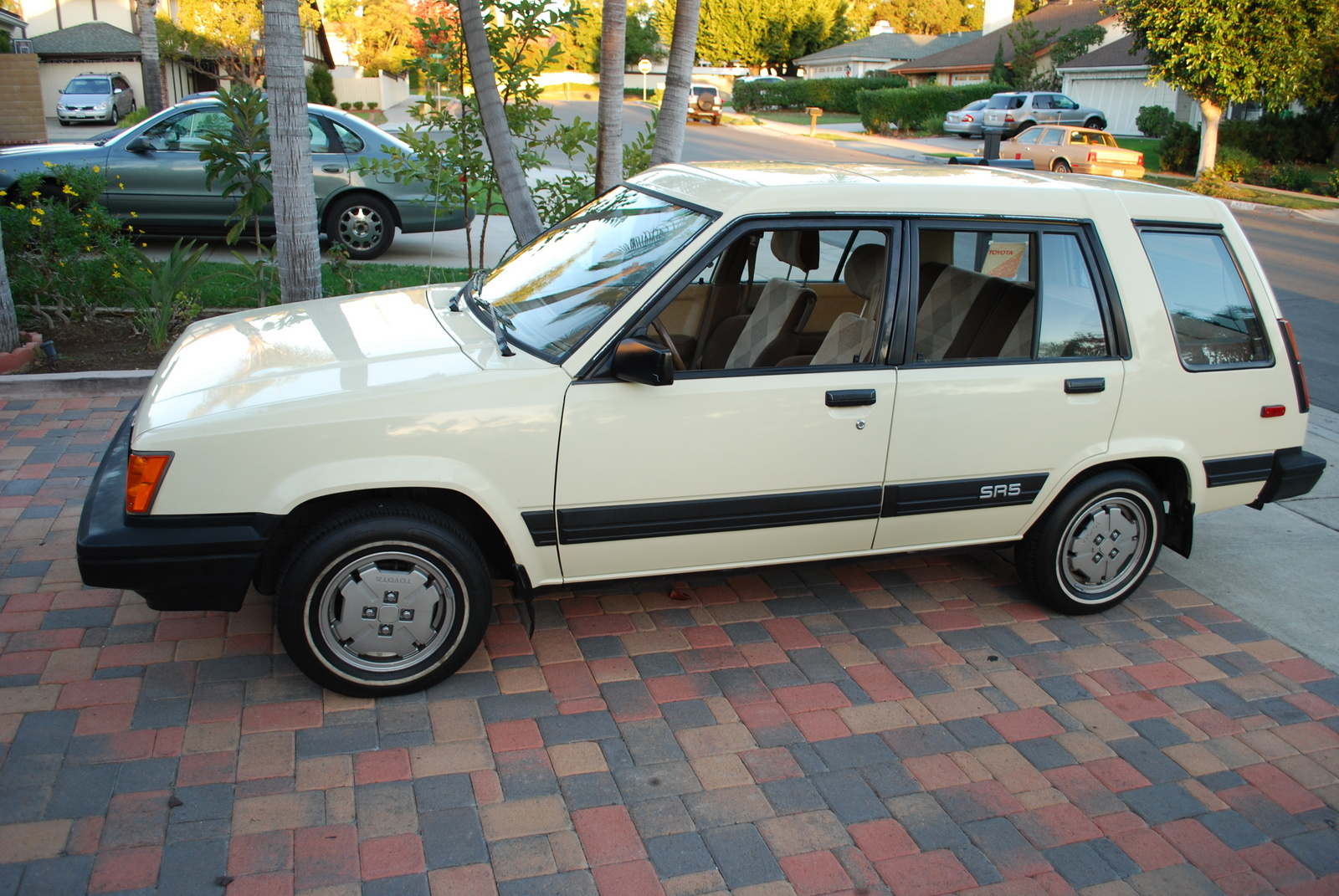 1985 Toyota Tercel 4 Dr SR5 AWD Wagon, Side view - 1985 Toyota Tercel 4WD SR5 Wagon, exterior