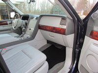 Picture of 2004 Lincoln Navigator Luxury 4WD, interior, gallery_worthy