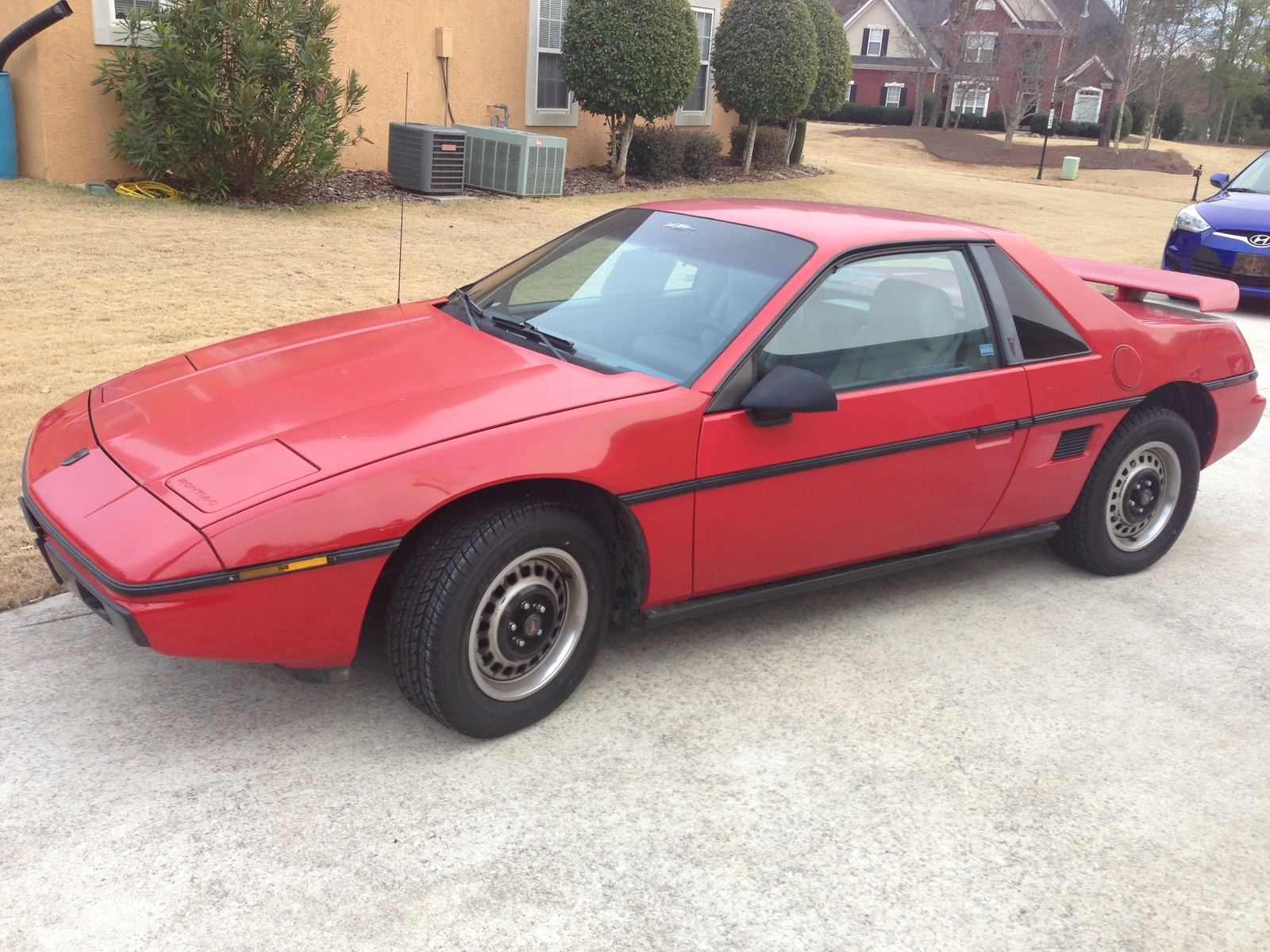 picture of 1986 pontiac fiero base exterior. Black Bedroom Furniture Sets. Home Design Ideas