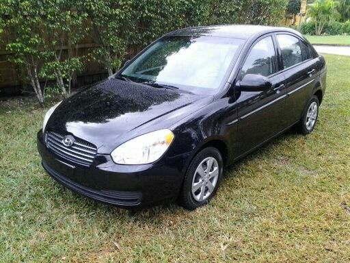 Picture of 2009 Hyundai Accent
