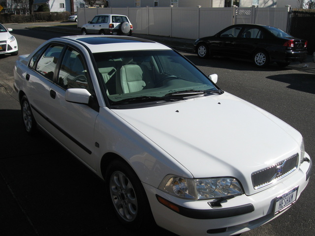 Picture of 2002 Volvo S40 1.9T, exterior