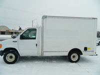 2005 Ford E-250 Overview
