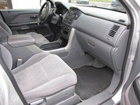 Picture of 2005 Honda Pilot LX AWD, interior