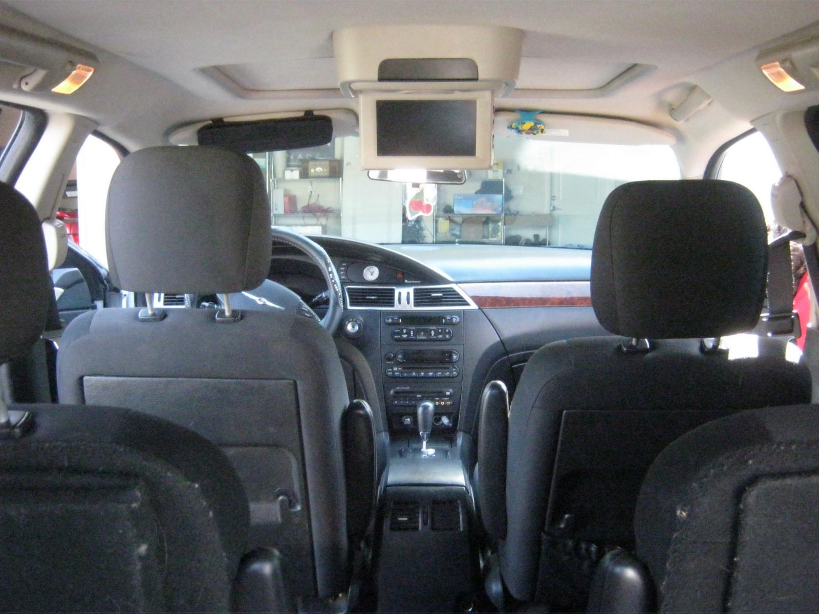 Pacifica Chrysler 2005 Interior
