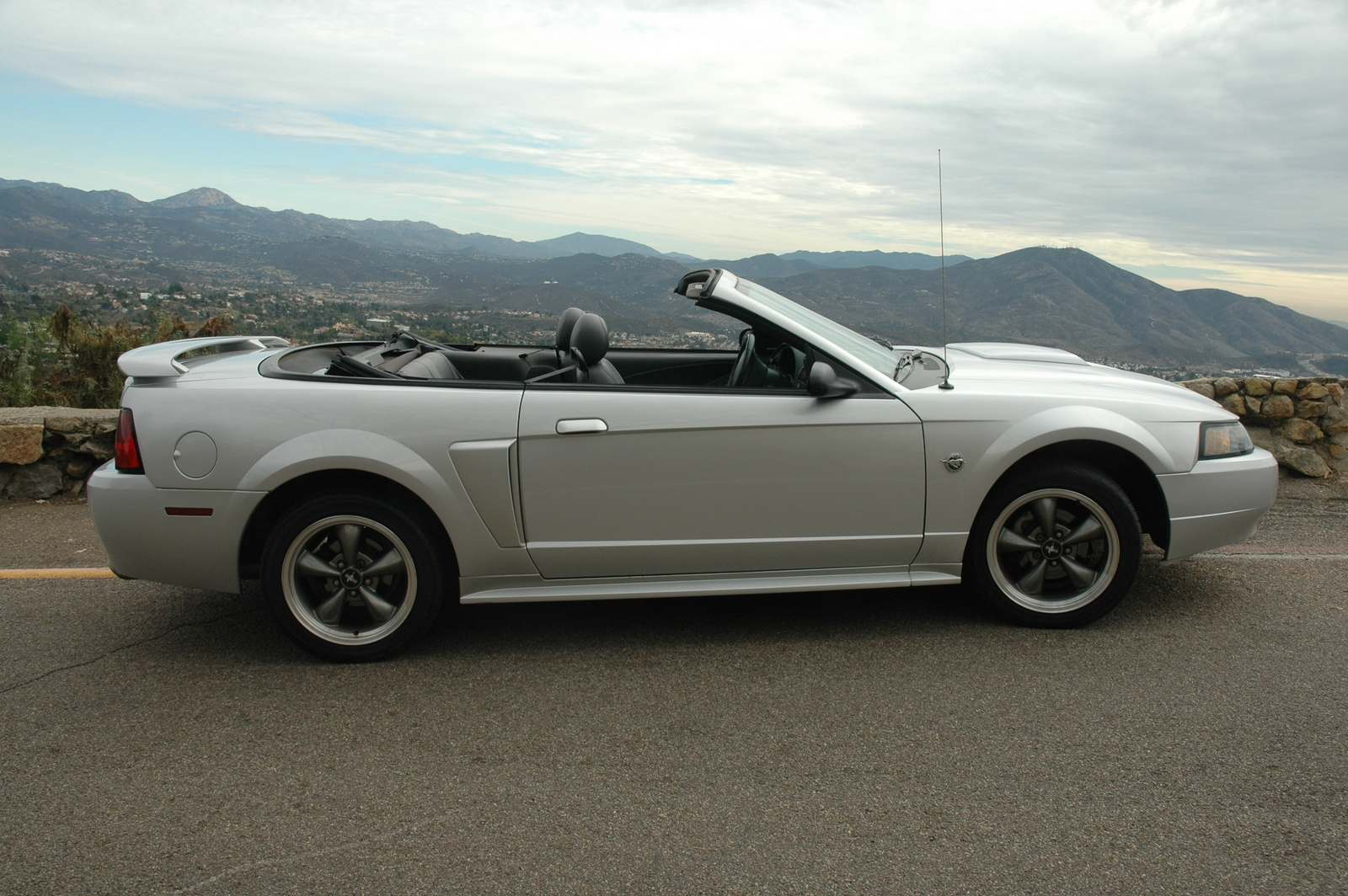 2004 ford mustang gt convertible car autos gallery. Black Bedroom Furniture Sets. Home Design Ideas