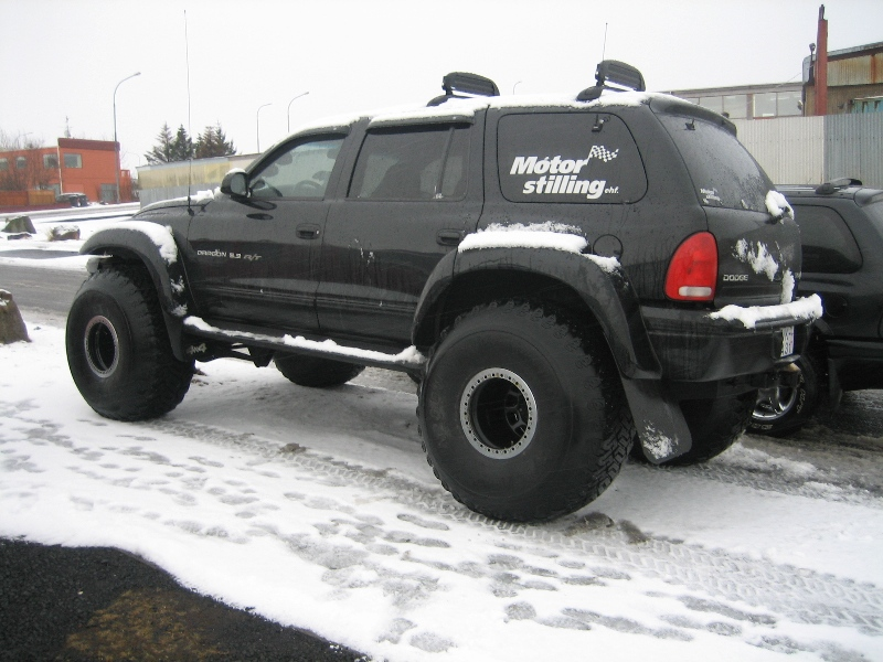 Pic on 05 Dodge Durango Lifted
